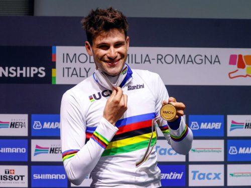 Filippo Ganna porta l'arcobaleno in Italia – Imola 2020
